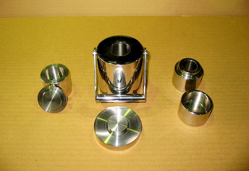 ステンレス鉛容器製品